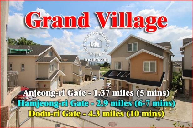 Grand Village (1)